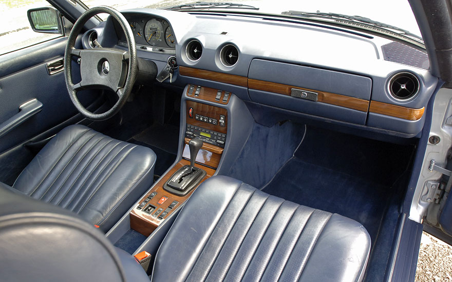 1984 mercedes benz 300cd with 35 000 original miles german cars for sale blog. Black Bedroom Furniture Sets. Home Design Ideas