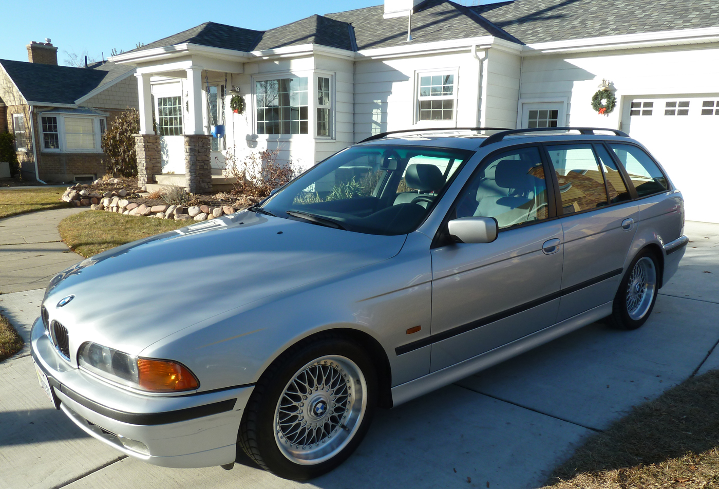 2000 Bmw 528i Touring With 25 000 Miles German Cars For