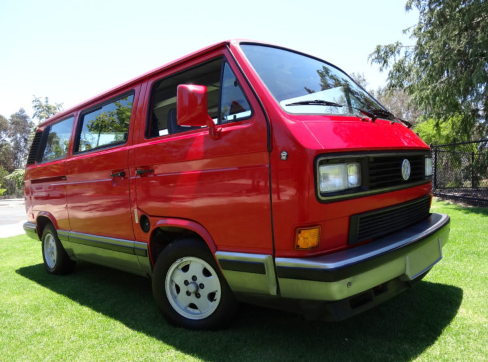 5576680be0b60e 1990 Volkswagen Vanagon Carat – German Cars For Sale Blog
