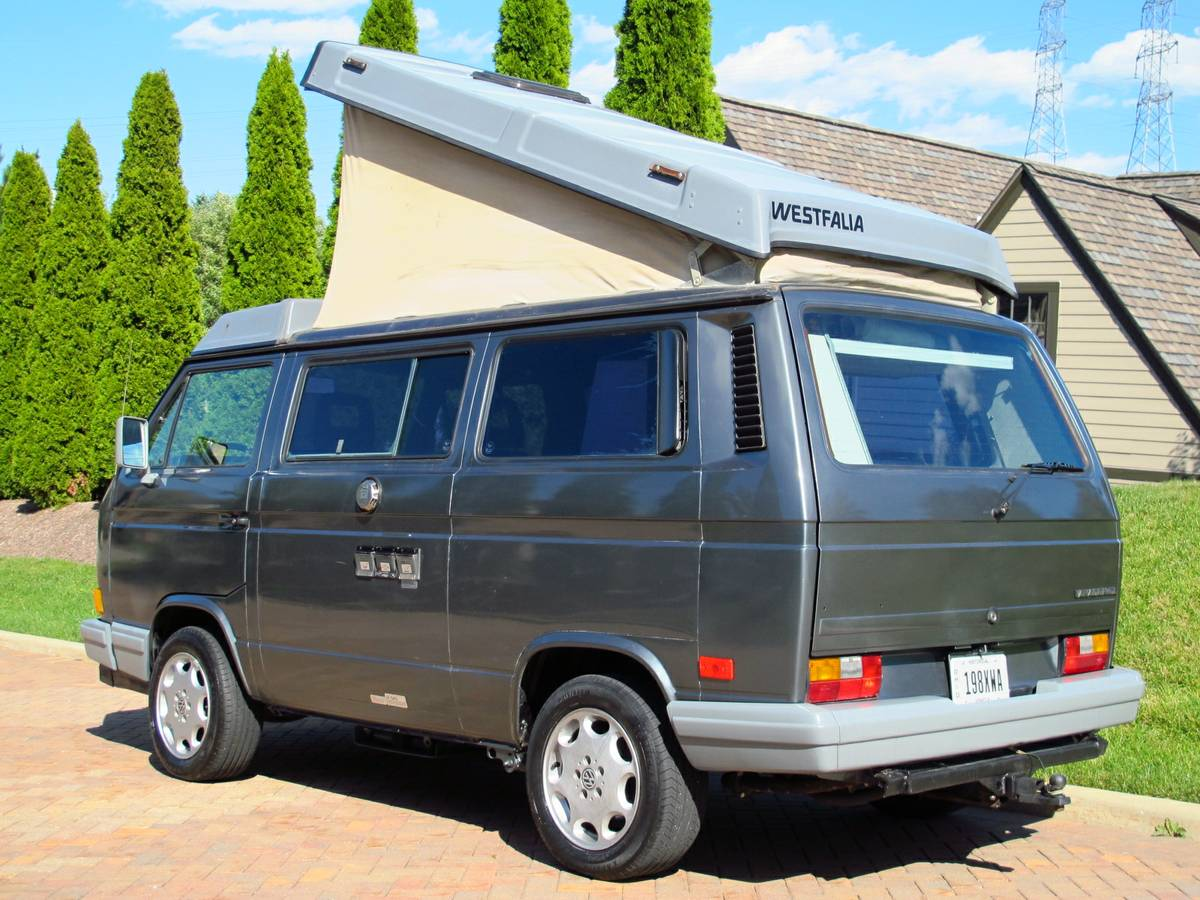 Feature Listing 1989 Volkswagen Vanagon Westfalia