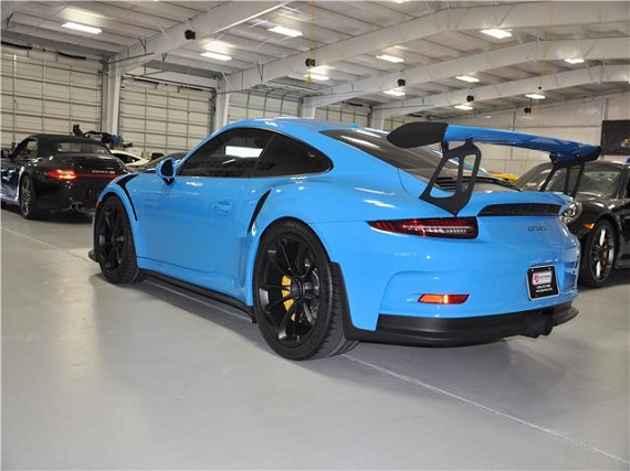 Double Take Iconic Blues 2016 Porsche 911 Gt3 Rs German Cars For Sale Blog