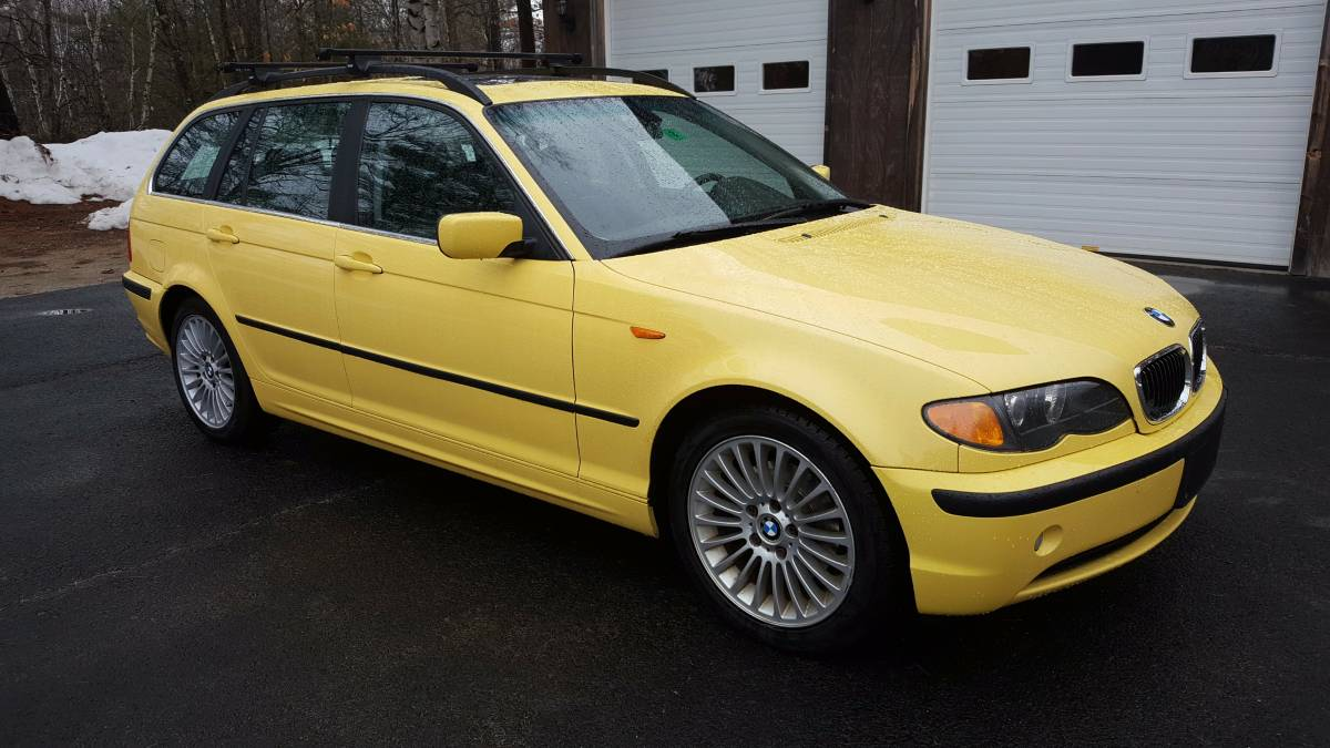 CLICK FOR DETAILS: 2003 BMW 325xi Touring on 1023 Motors